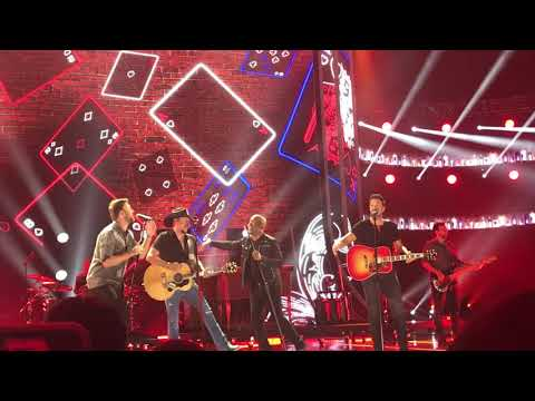"Darius Rucker Ft. Charles Kelley, Jason Aldean, Luke Bryan ""Straight to Hell"" CMT Awards 2018"