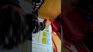 Прикол! Девочка учит маму делать уроки
