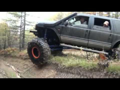 Ford Excursion 4x4 FORDzilla Triton V10 6 8L 54 tires Low 360p) - YouTube
