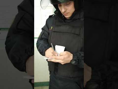 Зашёл в банк а там все в масках от коронавируса.вызвали милицию