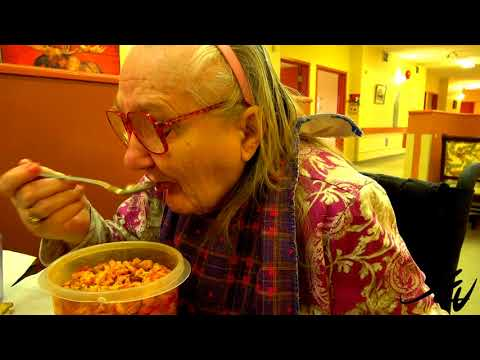 21 retirement homes in B.C. 'owned' by Chinese government - Visit with mom - YouTube
