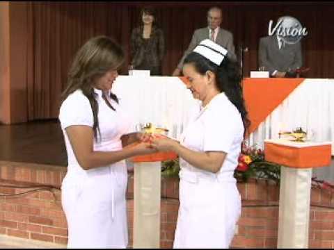 Imposición Tocas Segunda Promoción, Enfermeras UNAB 2011 - YouTube