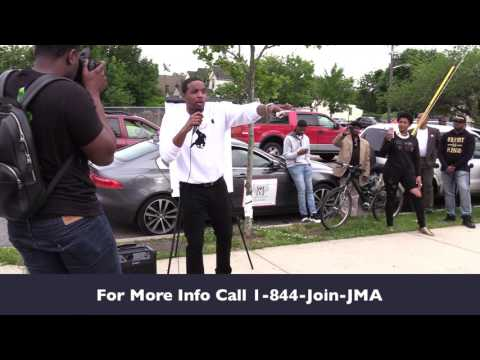 Young Malcolm Teaches Real Estate Class On Newark, NJ Street Corner!