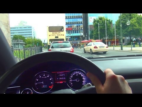 Audi S8 V10 Drive in the City Benzin Verbrauch Fuel CONSUMPTION Kudamm Onboard Driver View
