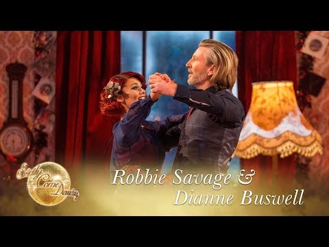 Robbie & Dianne American Smooth to 'Christmas (Baby Please Come Home)' - Christmas Special 2017