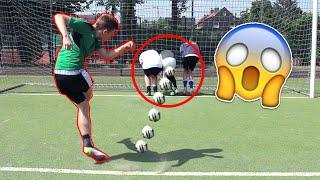 Extreme fußball challenge - arsch schießen!!