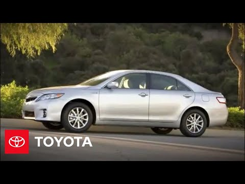 2010 Camry Hybrid How-To: Remote Keyless Entry System | Toyota