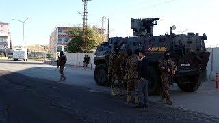 Gambar cover Erciş Belediye Başkanı HDP'li Yıldız Çetin gözaltına alındı