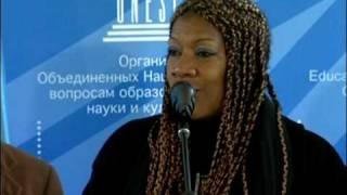 Repeat youtube video La Ministre haïtienne de la Culture en visite à lUNESCO