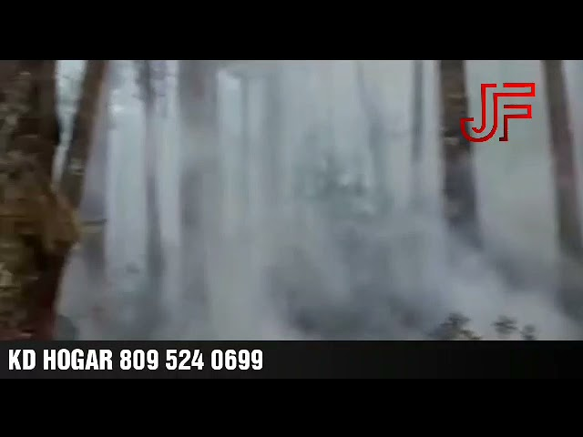 Tres incendios afectan la sierra de Bahoruco, Varias antenas en peligro
