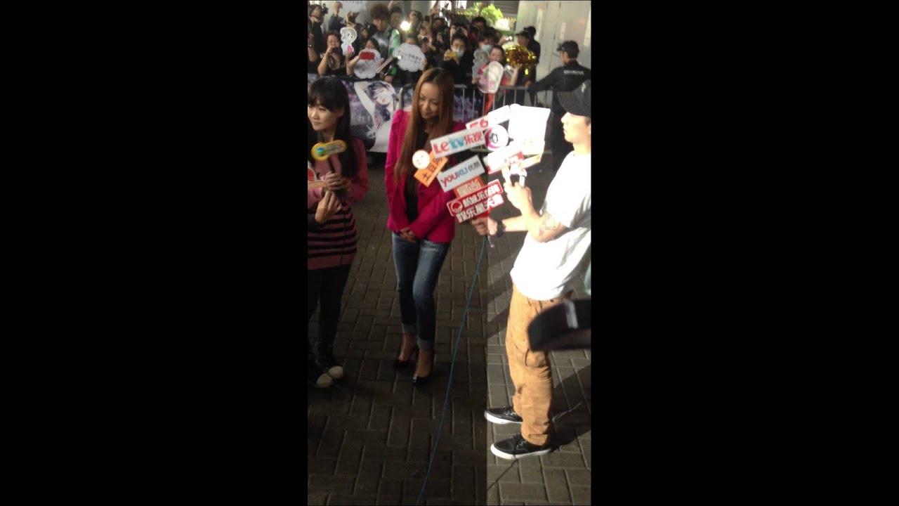 安室奈美惠 香港 機場 安室奈美恵 香港 空港 2013.3.14 aisa tour amuro part 2/2 - YouTube