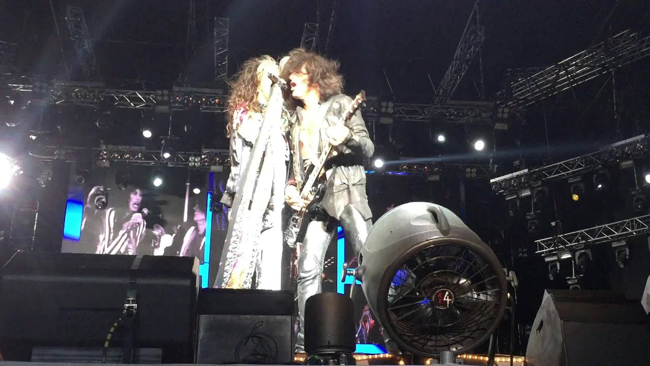 Aerosmith Toys In The Attic Moscow Live 05 09 15 Youtube