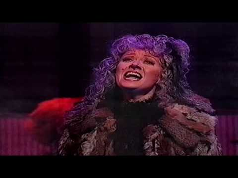 Elaine Paige and more in a Musicals Medley (Royal Variety Performance) 1991 HD