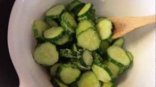 Cucumbers:  Easy Refrigerator Pickles!