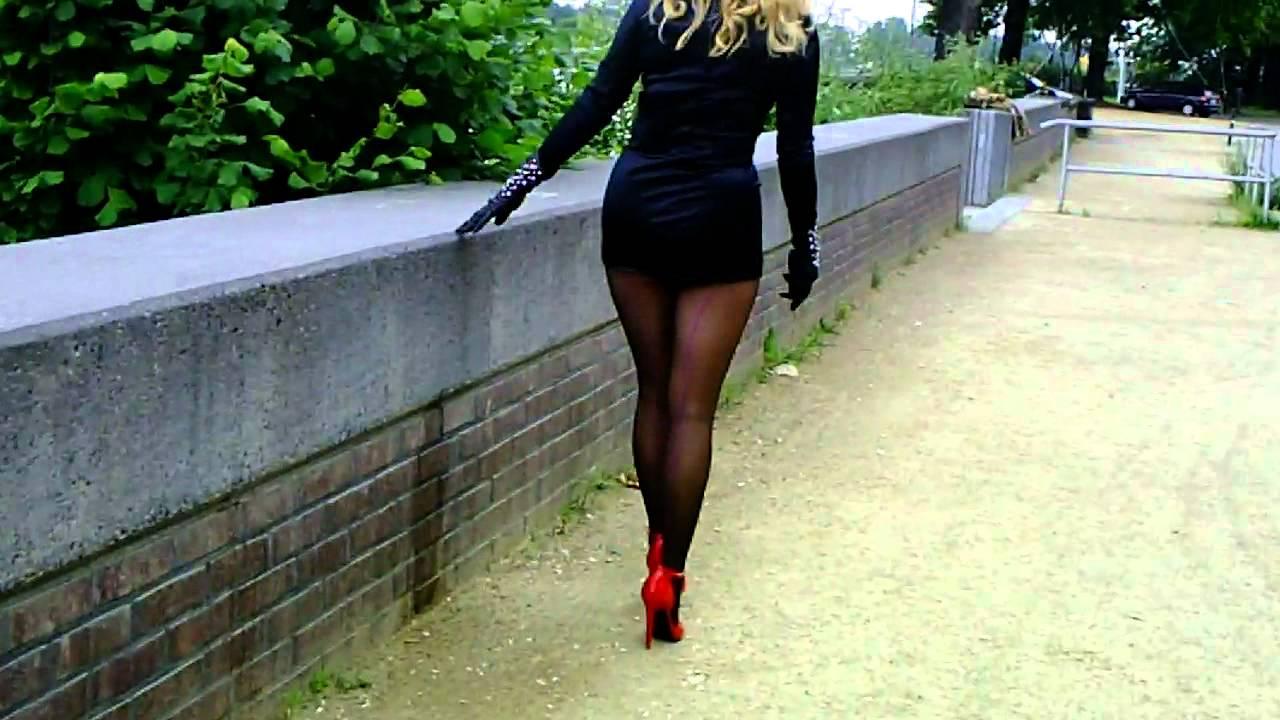 heels walk