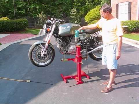 Eazy Rizer motorcycle lift from Lifts-and-Stands.com