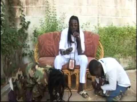 Niambé Darou ( Sangue Cheikh Moussa Diagne) donne sa concepte sur la Priére.
