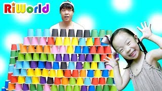 Play with paper cup Boo boo story song for kids RIWORLDBEST 리원이의 재밌는 컵쌓기 놀이 ! 아이스크림 장난감 가게 놀이