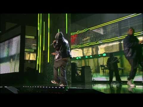 Eminem Feat. 50 Cent - Crack A Bottle & Forever (2009 Live  - American Music Awards) [TheSuperHD]