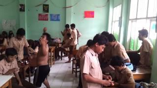 The Harlem Shake Indonesia Class Version Cipus