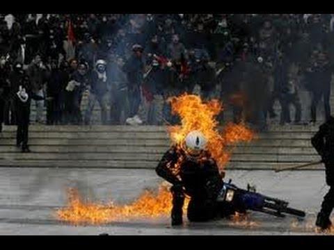 Violent VS Nonviolent Revolutions - Which are more effective?
