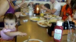 sophia castro desayuno/bautizo