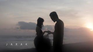 Gie - Jarak [OFFICIAL MUSIC VIDEO]
