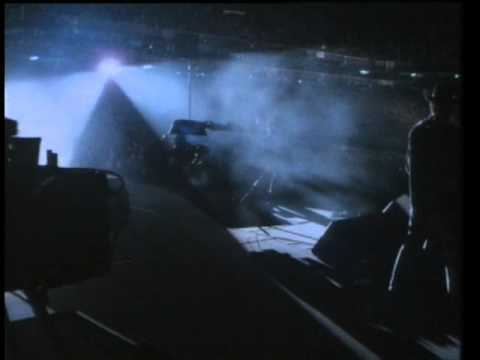 U2 - Where The Streets Have No Name (Live Rattle And Hum)