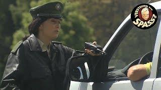 Die Polizeiübung mit Janine Kunze | Verstehen Sie Spaß?
