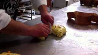 Colomba pasquale con lievito madre e burro liquido di Rolando Morandini pirlatura e messa in forma