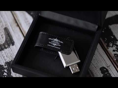 Photoflashdrive USB Drive & Slide Box by gavin conlan photography