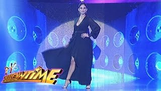 It's Showtime: Pia Wurtzbach's Miss Universe walk