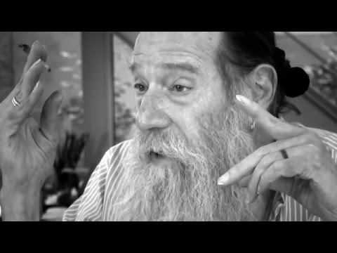 Lawrence Weiner | Art is about Showing