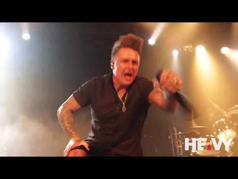 HEAVY TV Interviews Papa Roach