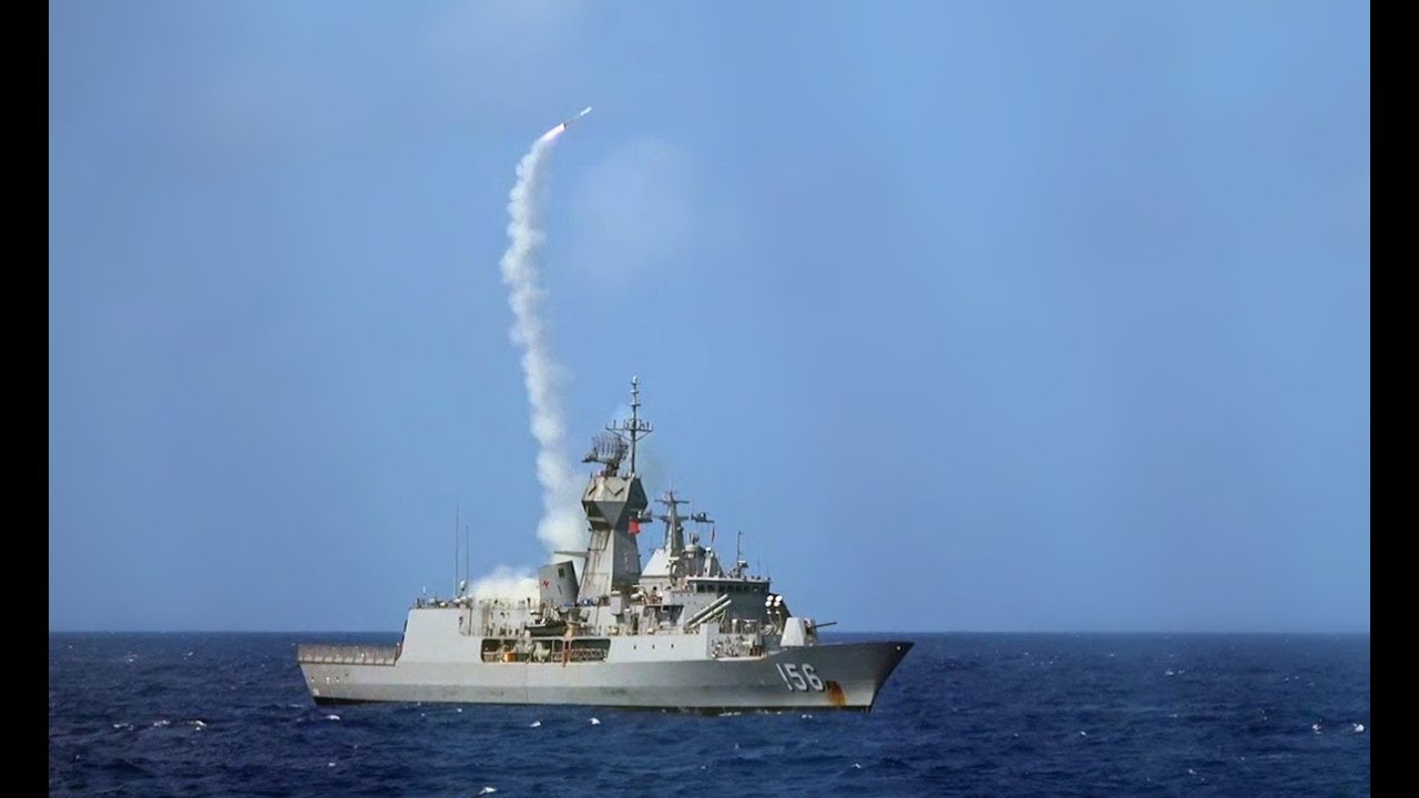 HMAS Toowoomba's Firepower on Show