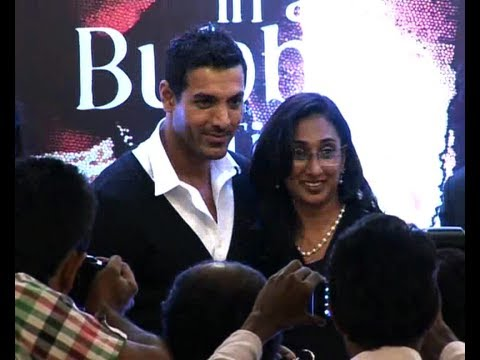 House 2' Star John Abraham Meets His Family - YouTube
