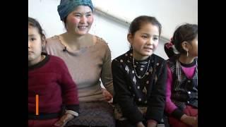 Воссоединившиеся с детьми переселенцы из Китая