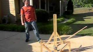 Floating Arm Trebuchet Slow Mo