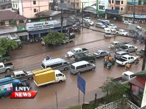 Lao NEWS on LNTV: People in Laos should be prepared for storms & heavy rains.22/4/2015