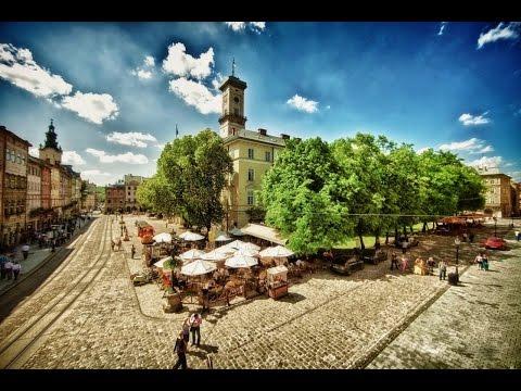 Топ 10 місць, які треба відвідати у Львові
