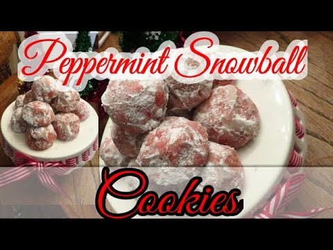 peppermint-snowball-cookies-or-russian-tea-cakes-so-delicious!