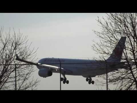 Planespotting at Toronto Pearson International Airport (YYZ) part 2