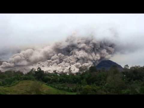 Medan Trip - Sinabung Volcano Eruption 2