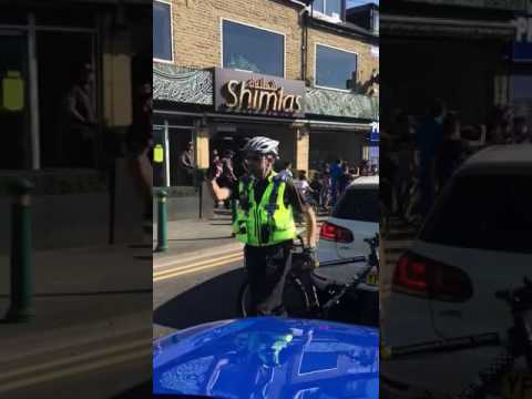 BRADFORD NUTTERS CAUSE ROAD BLOCKS AND FIGHT WITH POLICE