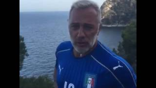 Gianluca Vcchi in ITALY ENJOY