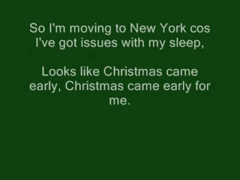 Moving to New York - The Wombats with Lyrics