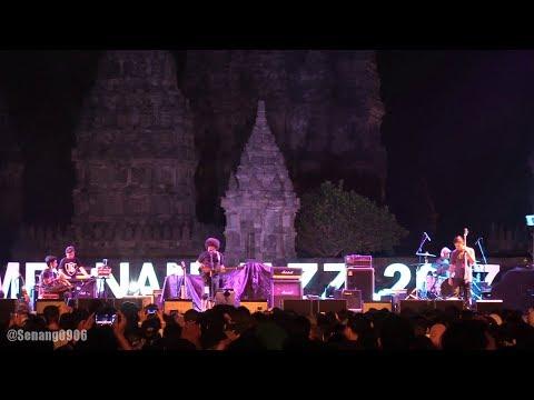 Payung Teduh - Angin Pujaan Hujan @ Prambanan Jazz 2017 [HD]