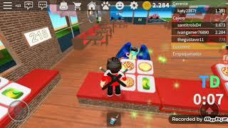 Roblox, trobbing around in a pizzeria