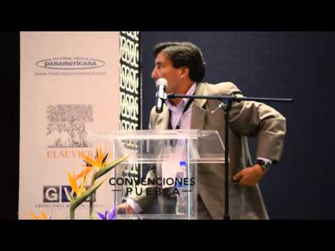 Dr.  Raúl Arcega Revilla
