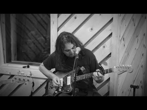 The War On Drugs – Holding On (LIVE)